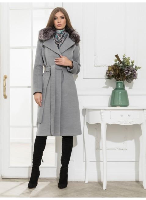 Mantel mit abnehmbahrem Pelzkragen