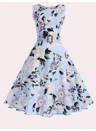 Sommerkleid mit Blumenmuster von BlueMary